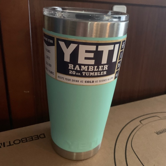 Yeti Accessories - Aqua Teal Seafoam Yeti Rambler 20oz with LID New!